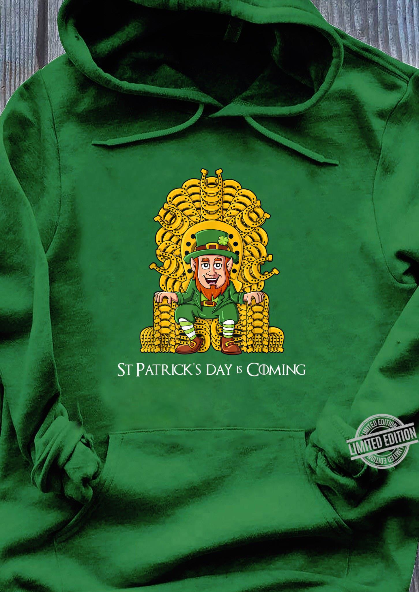 St Patricks Day Leprechaun Horse Shoe Throne Boys Girls Shirt hoodie