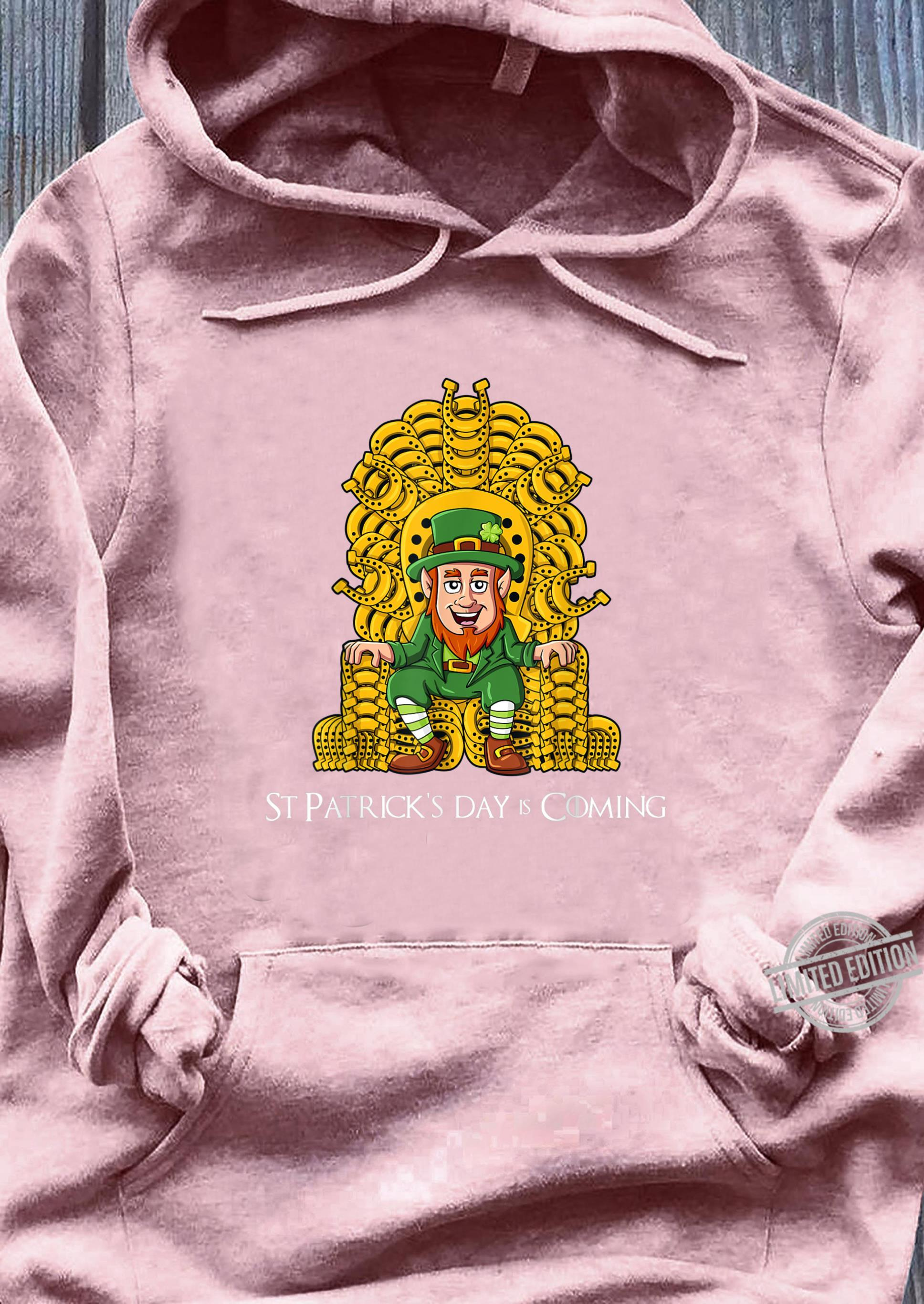 St Patricks Day Leprechaun Horse Shoe Throne Boys Girls Shirt sweater