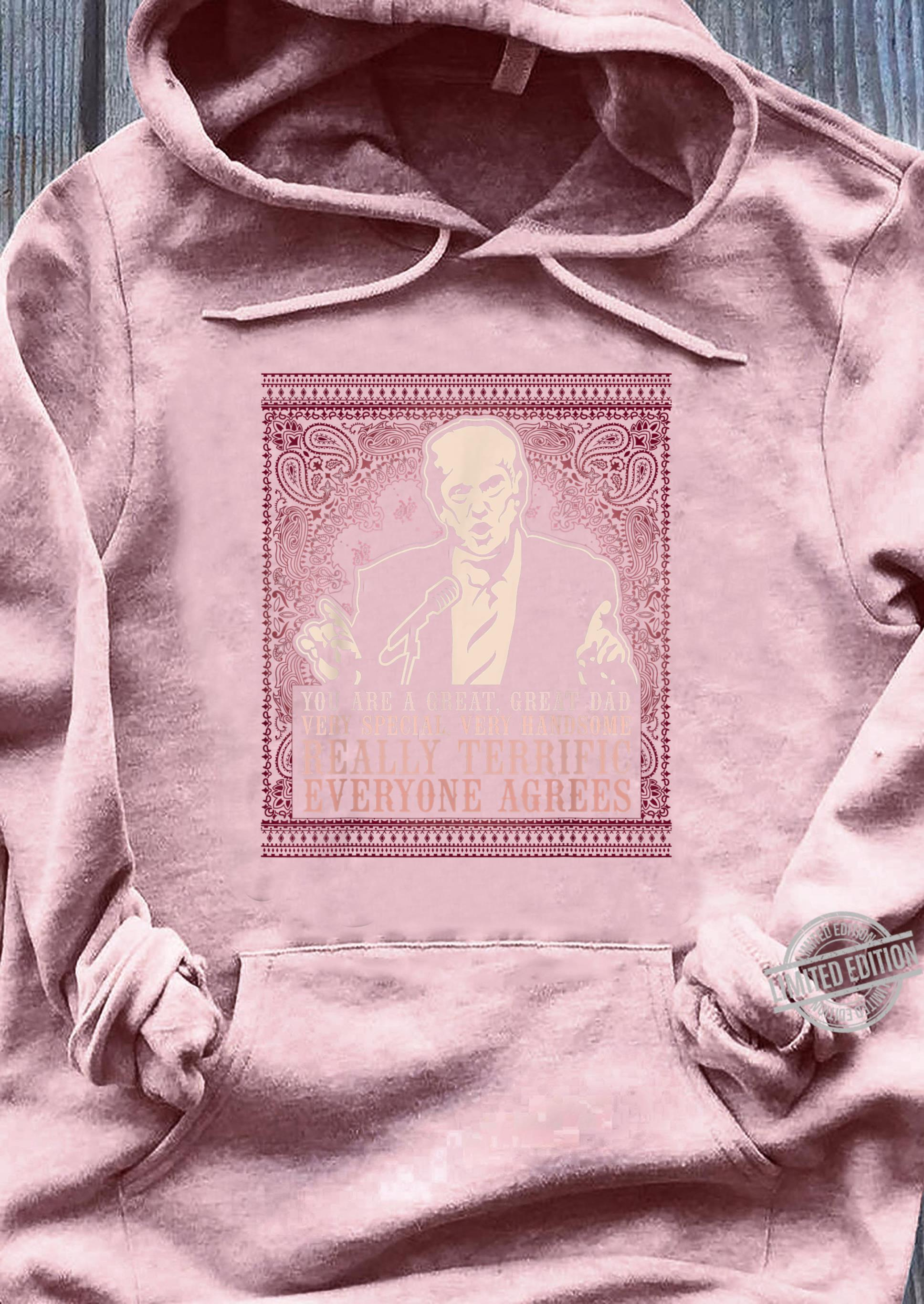 Trump is a Great Dad Paisley Pattern Shirt sweater